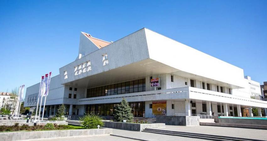 В Ростовском музыкальном театре расширяют ИКБ «КОДОС»